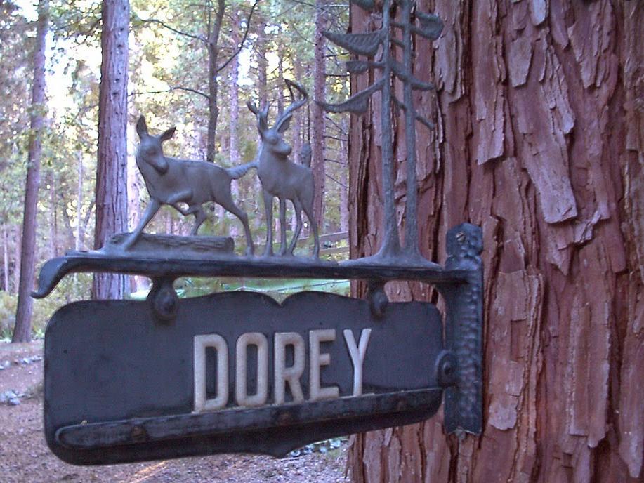 DoreySign